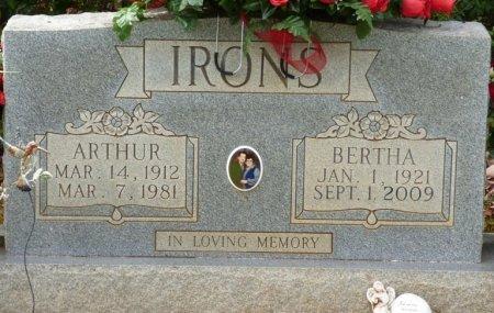 WESSON IRONS, BERTHA - Lauderdale County, Alabama | BERTHA WESSON IRONS - Alabama Gravestone Photos