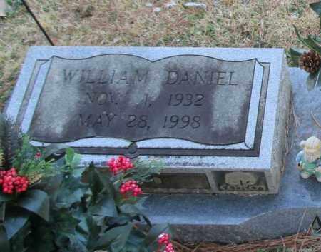 ATKINSON (CLOSEUP), WILLIAM DANIEL - Madison County, Alabama | WILLIAM DANIEL ATKINSON (CLOSEUP) - Alabama Gravestone Photos