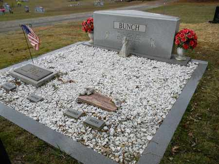 BUNCH (PLOT), CECIL - Madison County, Alabama   CECIL BUNCH (PLOT) - Alabama Gravestone Photos